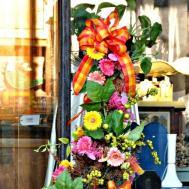 Serendipity Refined Blog Brightly Colored Spring Urn