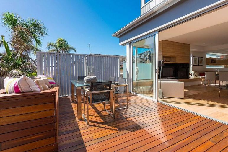 Single Level Sydney Home Gets Beachy Modern Upgrade