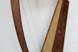 Strings Harp Vine Design Celtic Style
