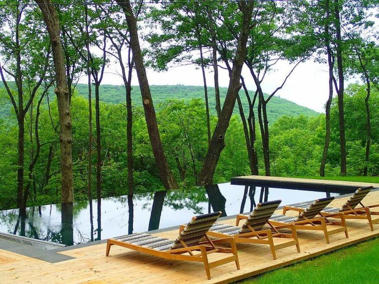 Stunning Outdoor Hangouts Decks Forest