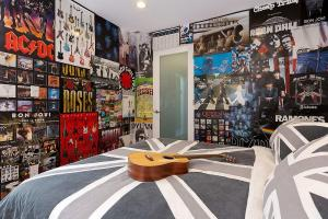 Stylish Ways Add Union Jack Kids Room
