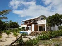 Sustainable Modern Beach Villa Placencia