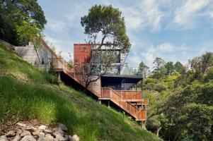 Sustainable Tamalpais Residence Mill Valley California