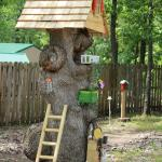 Unique Original Tree Stumps Decor Ideas That Will Welcome You Home Tons Of Variety Decoratorist