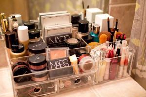 Tremendous Makeup Organizer Ideas Slodive
