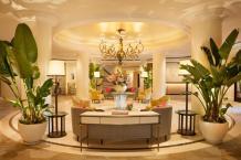 Tropical Modern Cor Beverly Hills Hotel