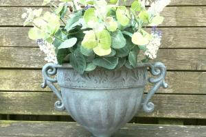 Vintage Style Antique Metal Garden Planter Urn Flower Pot