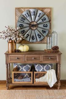 Welcoming Fall Inspired Entryway Decorating Ideas