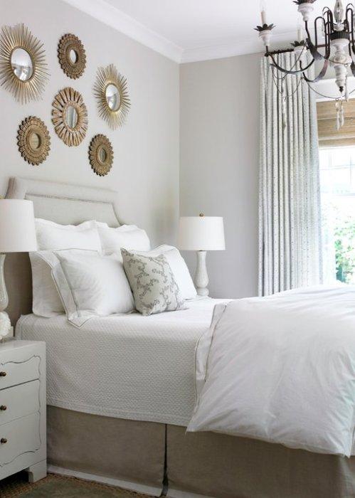 Un dormitorio con glamour