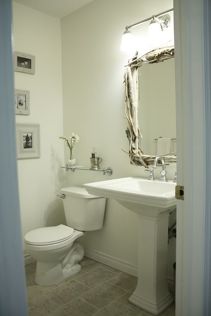 Driftwood Mirror Cottage Bathroom In The Fun Lane