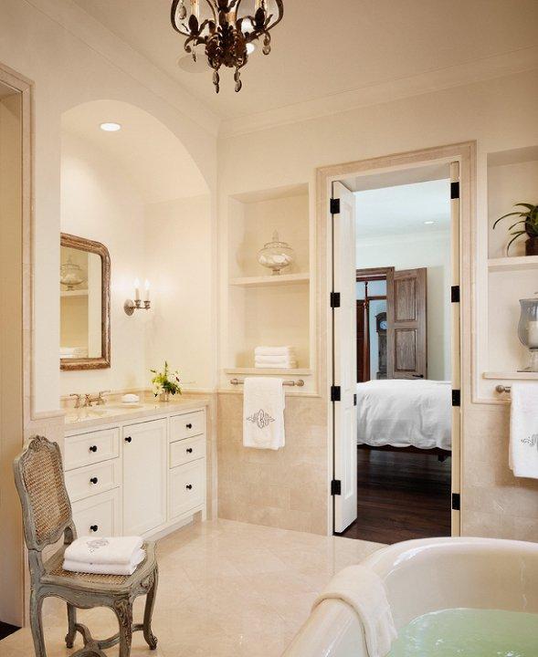 Crema Marfil Marble Contemporary Bathroom