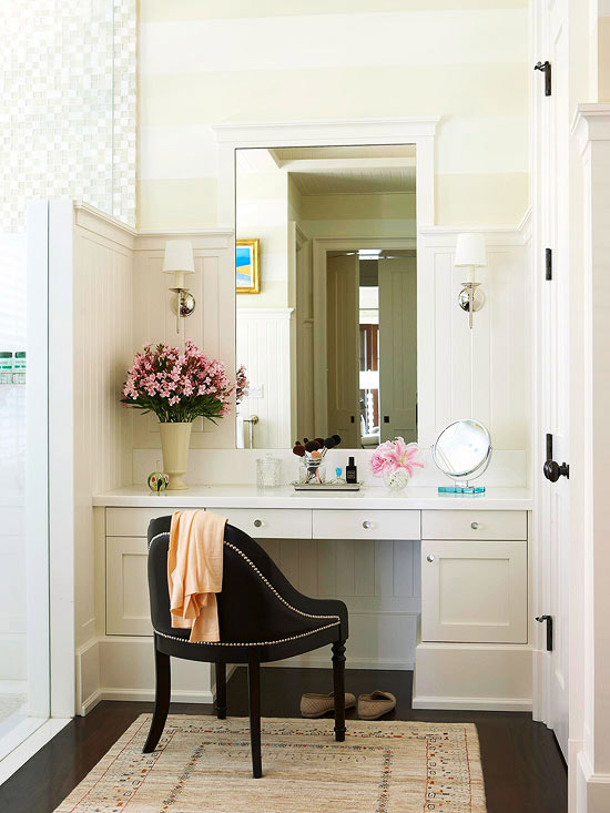 Built In Vanity Transitional Bathroom BHG