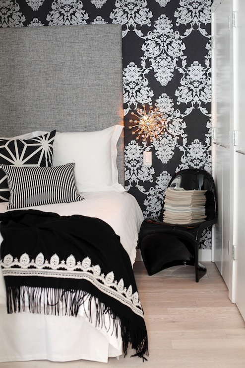 View Full Size Black And White Damask Wallpaper