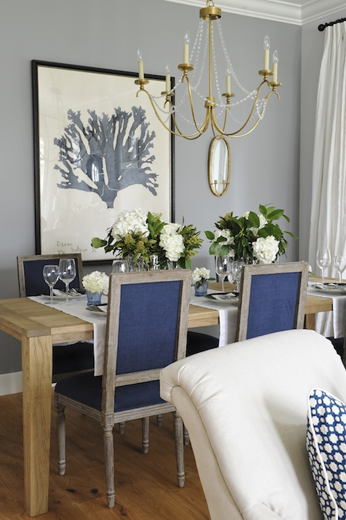 View Full Size Stunning Dining Room With