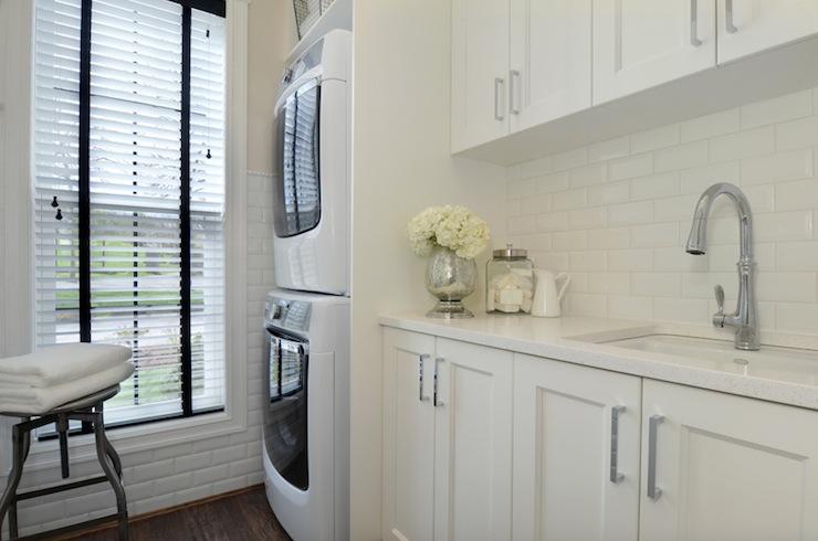Laundry Room Subway Tiles Design Ideas