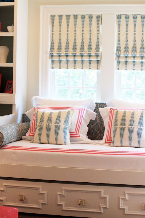 Built In Daybed Contemporary Girl S Room Laura Tutun