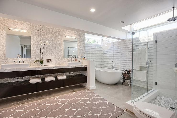 Corner Bathtub Contemporary Bathroom Christiano Homes