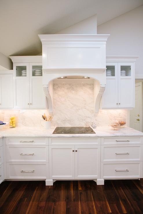 Kitchen Hood Corbels Design Ideas