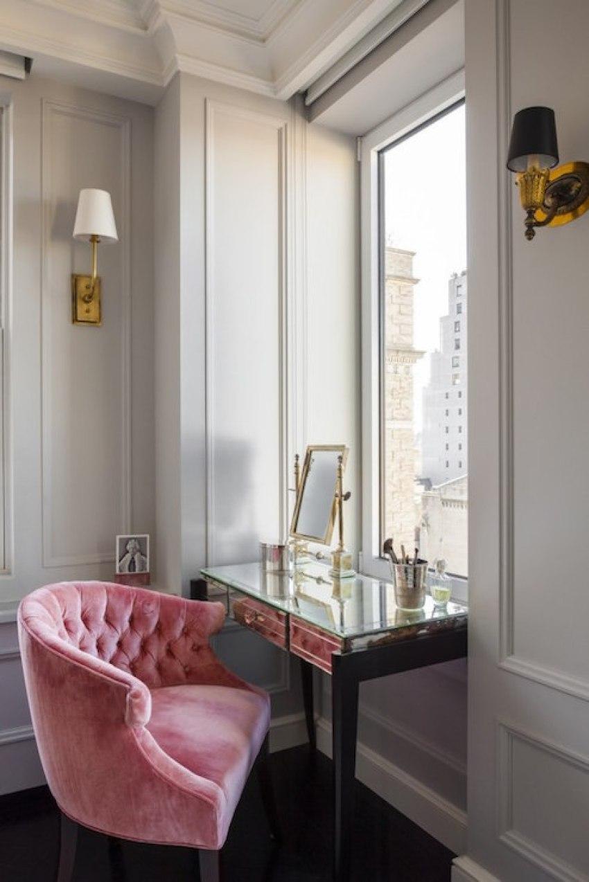 Pink Velvet Tufted Vanity Chair