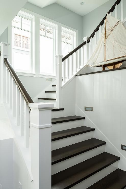 White Spindles With Dark Brown Banister Design Ideas | Black And White Staircase Railing | Colour Combination | House | Indoor | 1920'S | Floors