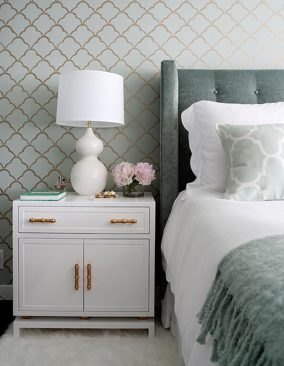 gold and grey bedroom - bedroom style ideas