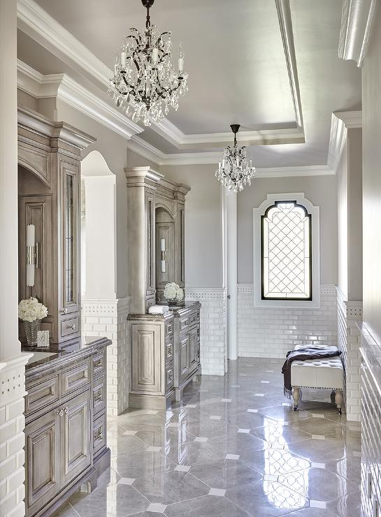 Gray Bathroom With Gray Diamond Pattern Tiles