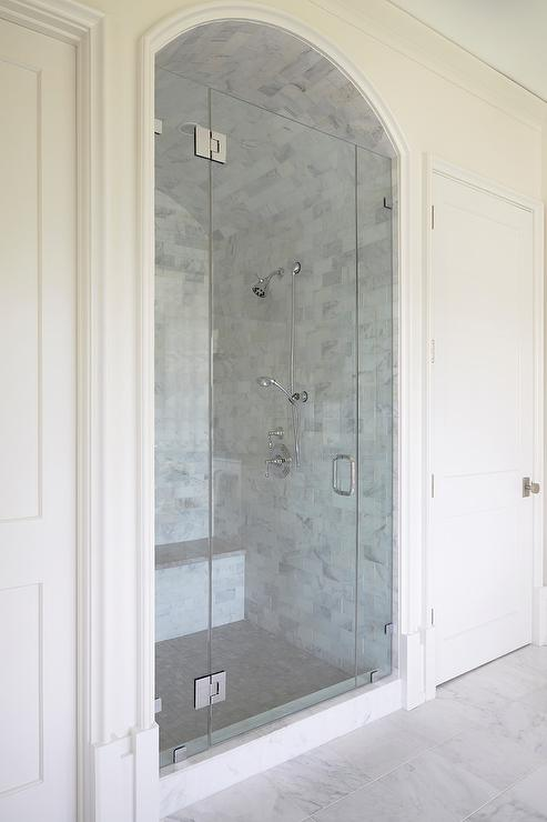 small tiled shower bench design ideas