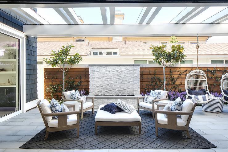 imani blue medallion indoor outdoor rug