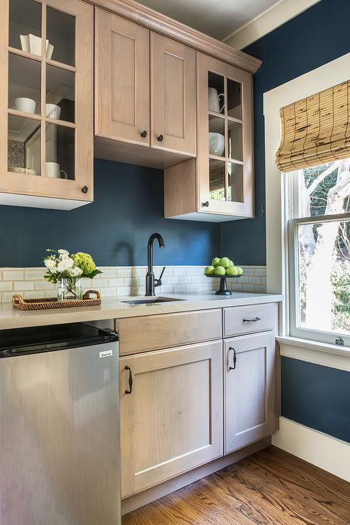 Kitchen Beige Subway Tiles Design Ideas