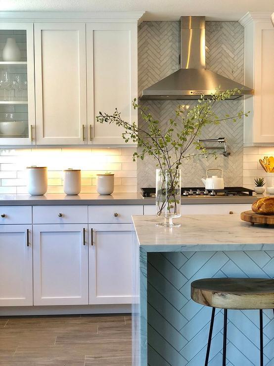 gray quartz countertop