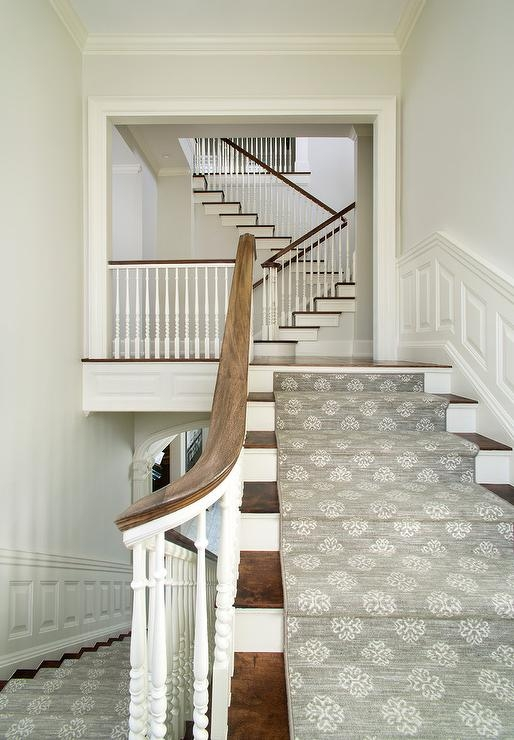 White Staircase Spindles Design Ideas | White Wood Stair Railing | Entryway Stair | Metal | Outdoor Stair | Baluster Curved Stylish Overview Stair | Glass