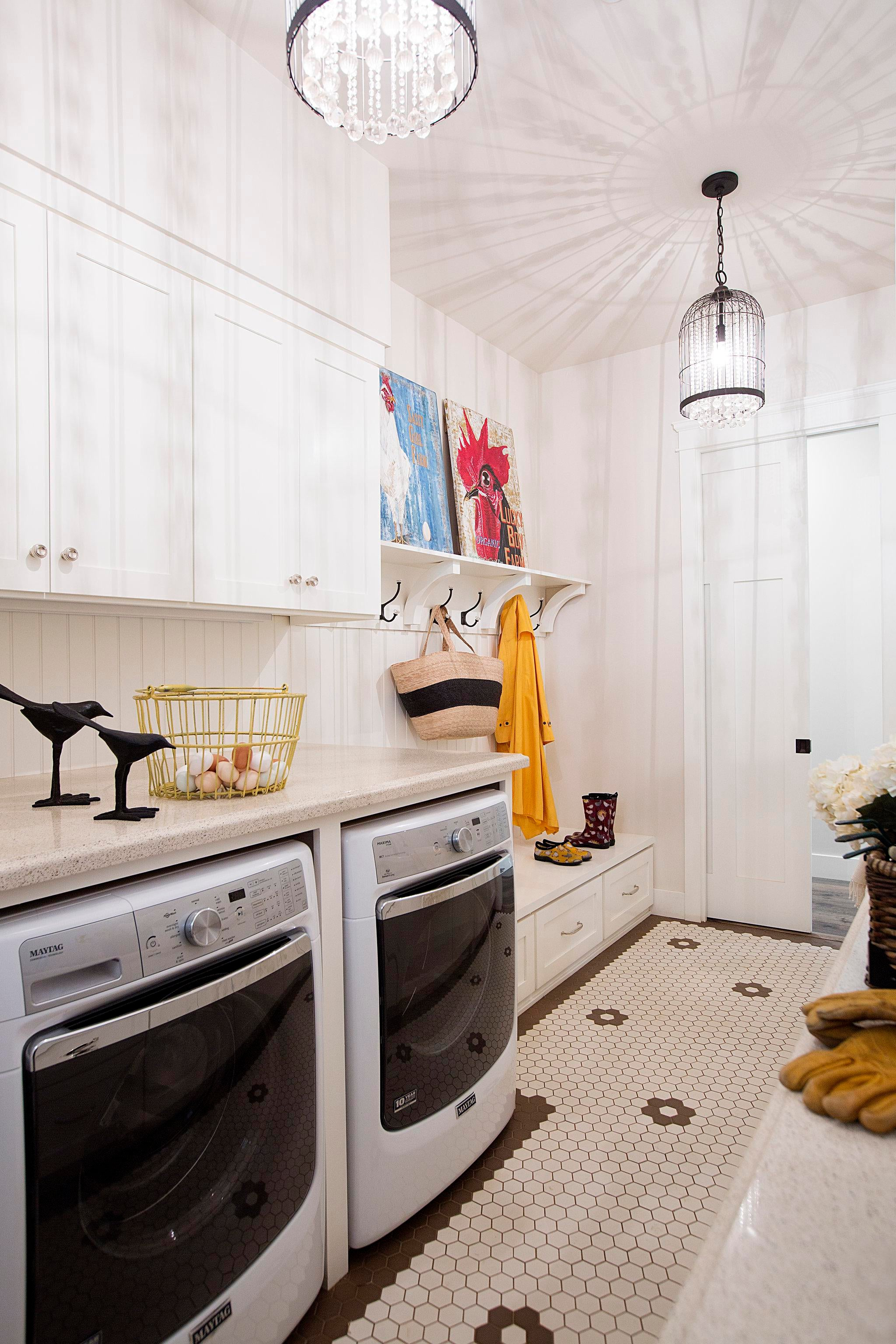 Elegant  Light and Bright Laundry Room Mudroom in Modern Farmhouse     Elegant  Light and Bright Laundry Room Mudroom in Modern Farmhouse in Auburn   CA  PepperJack Interiors