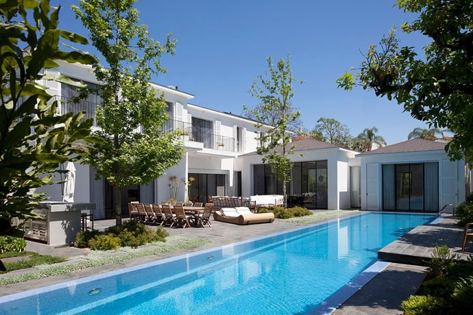 Beauty In Glass Private House In Ramat Hasharon Israel