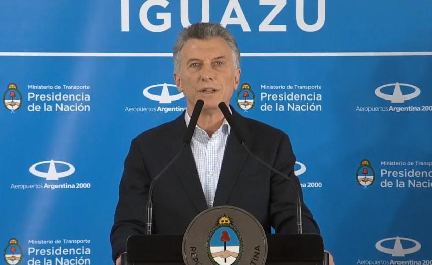"""Macri inauguró ruta aérea entre Iguazú y Madrid y afirmó: """"Escuchamos a la gente"""""""