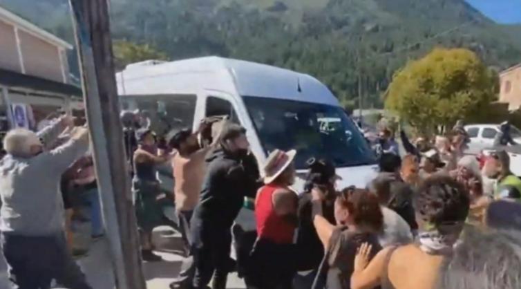 """Alberto Fernández habló tras los incidentes: """"Estoy seguro que el pueblo de Chubut no comparte la violencia"""""""