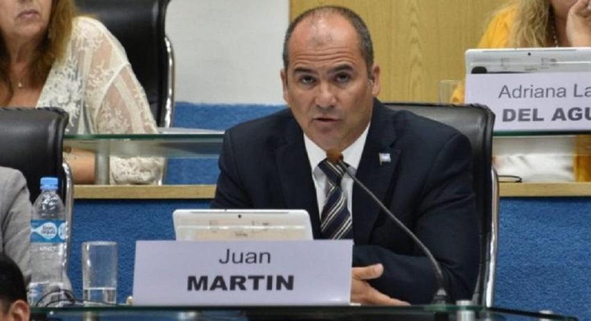 """Juan Martín: """"En Villa Mascardi hay 20 delincuentes que deben estar presos"""""""