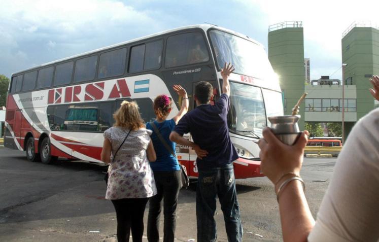 Desde octubre habrán viajes de egresados y la autorización dependerá de cada provincia