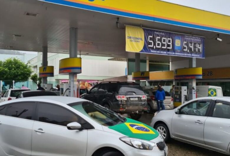 Guaramirim has intense movement at gas stations