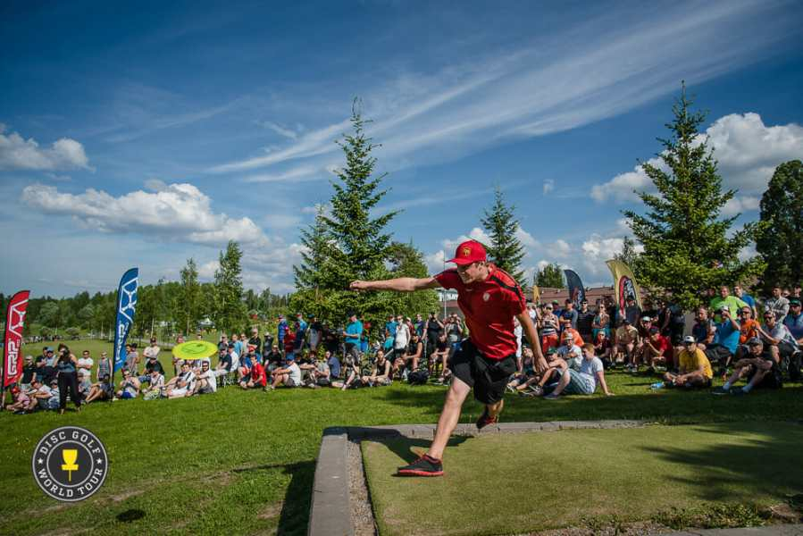 Ouch  A Look At The Injury Bug  And How To Avoid It   Ultiworld Disc     Count Simon Lizotte among the more than 80 percent of disc golfers who have  suffered an