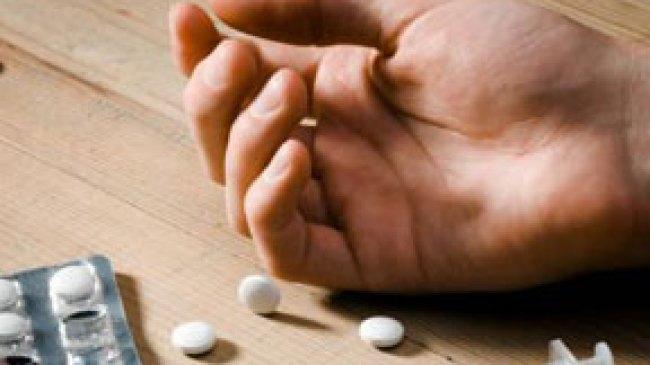 Pemuda Ini Teler Berat, Diduga Over Dosis