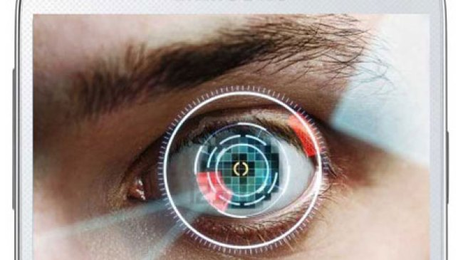 Samsung lawan iPhone 5S dengan Pemindai Retina