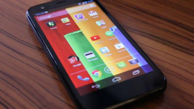Walapun Dibandrol Murah, Moto G Tak Kalah Dari Galaxy S4