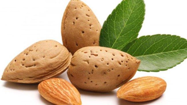 Paduan Kopi dan Kacang Almond, Bikin Tubuh Lebih Bertenaga