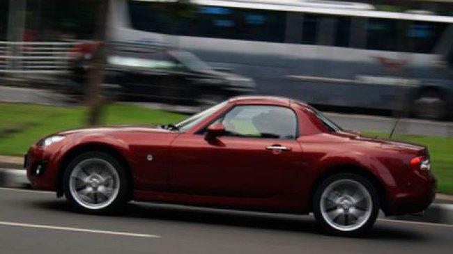 Ultah ke-25, Mazda MX-5 Dapat Kado Situs