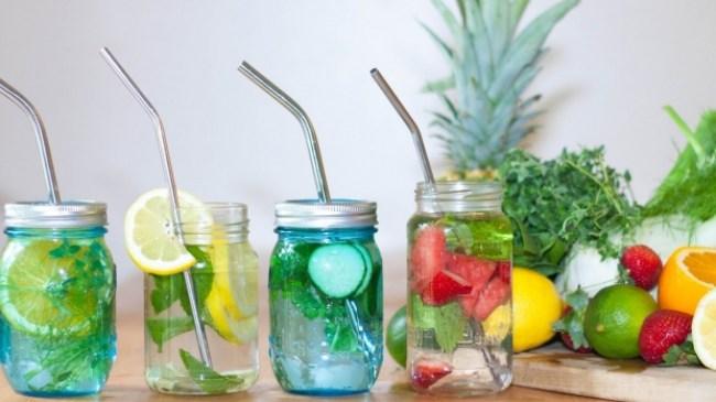 Minuman Ajaib, 8 Resep Simple Infused Water Membuat Kalori Rontok Dalam Sekejab!!