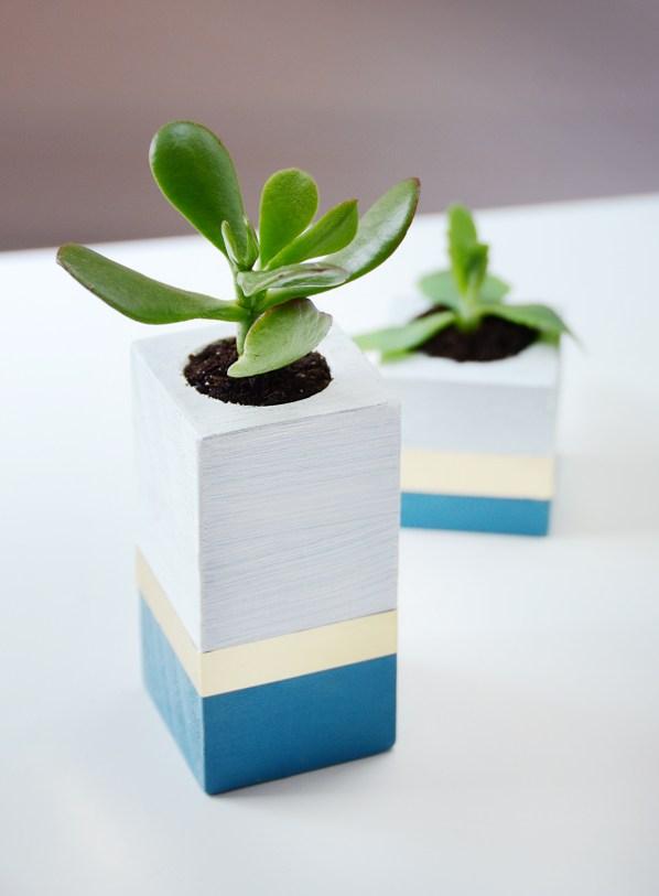 Diy wooden succulent planter 5