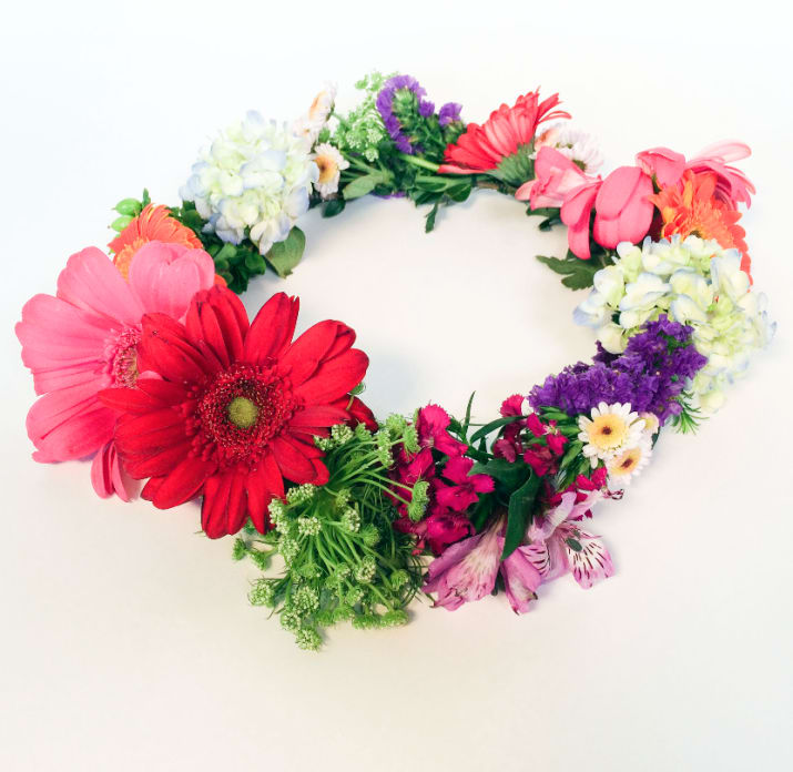 These 50 DIY Flower Crowns Will Make All Your Fairy Tales