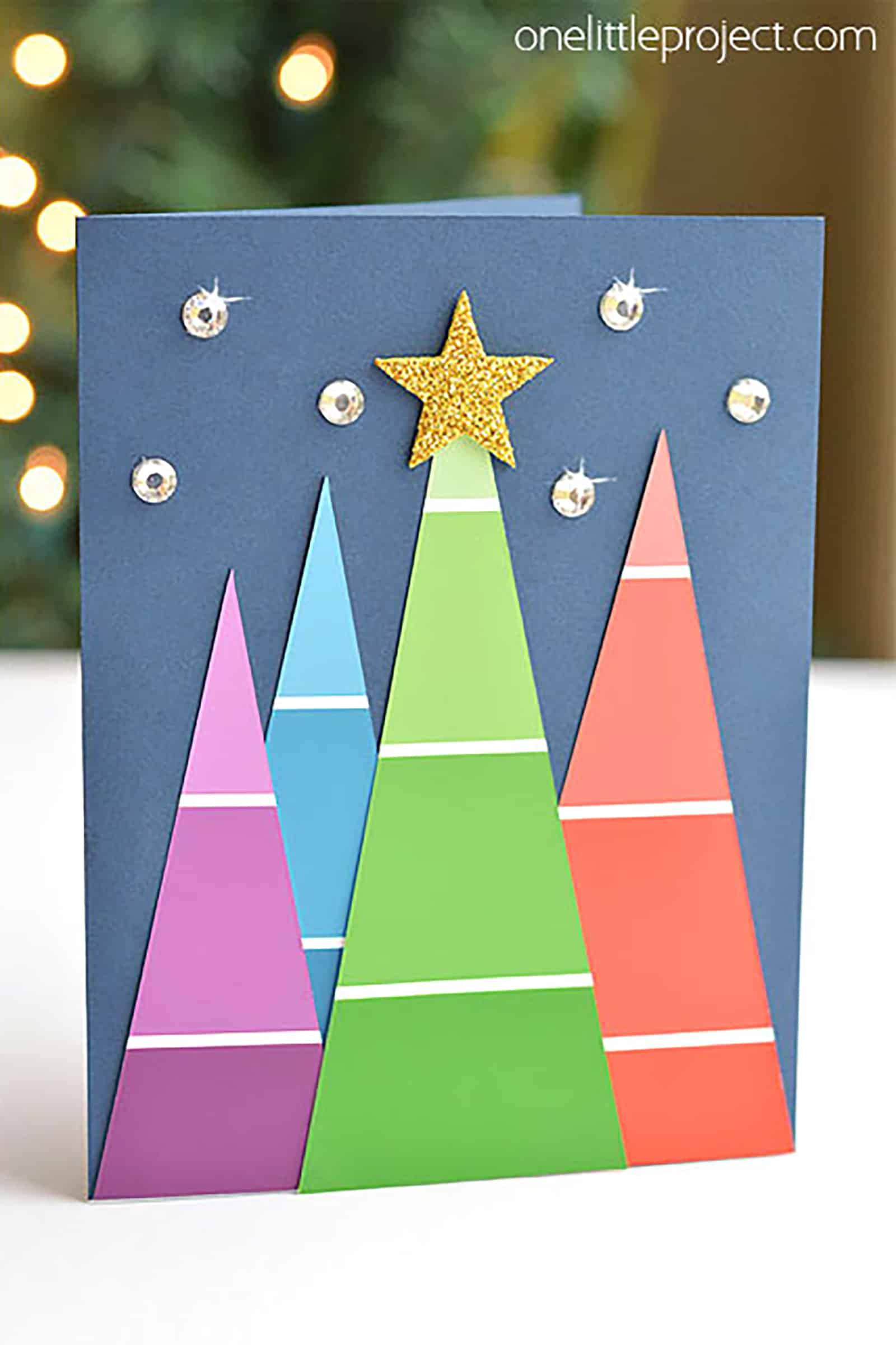 15 DIY Christmas Cards To Pop In The Mailbox This Year