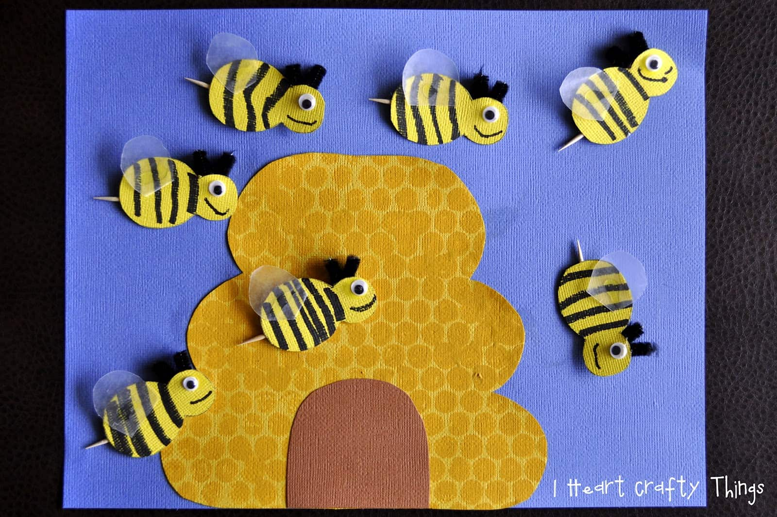 15 Cute Bumblebee Crafts