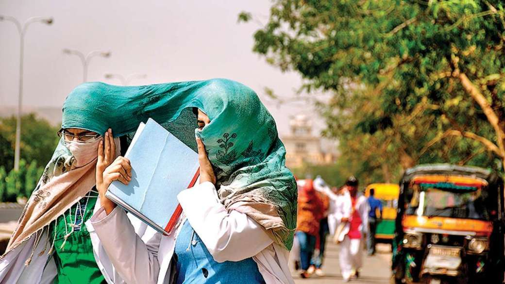 Hottest day in Delhi as temperature crosses 45 degrees, may reach ...